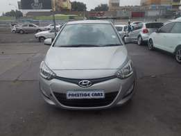 Hyundai i20 1.4 silver in color 58000km 2013 model R125000 auto