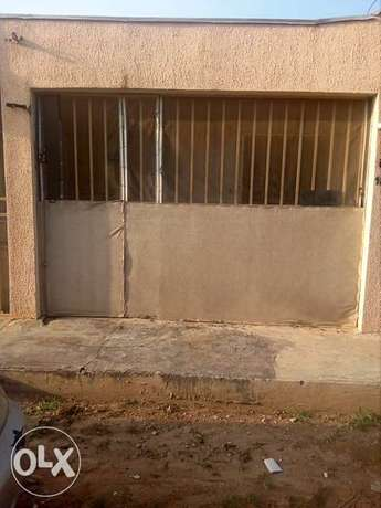 Self contained room to let at Cornershop by Carwash FHA Lugbe Lugbe - image 7