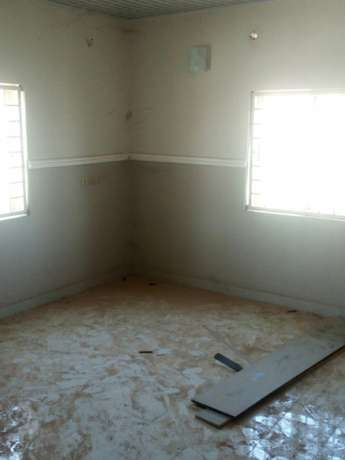 A decent and z4bedroom duplex for rent near Sunnyvale Dakwo - image 7