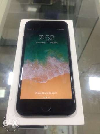UK used iPhone 7 256GB with Full Accessories Ikeja - image 6
