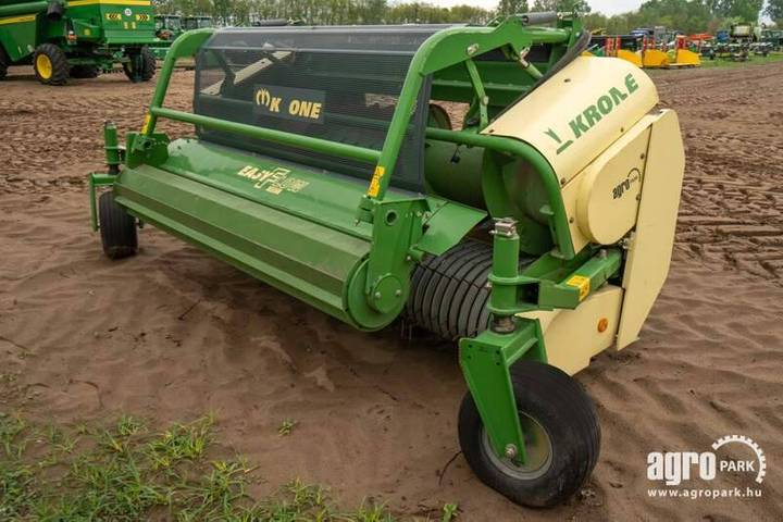 Krone Easy Flow 3001, 3 Meter Pick Up For - 2010