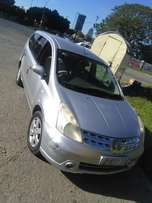 Seven seaters Nissan livina (Bargain