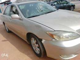 Very clean Camry 2005)