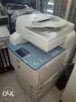 Canon copier and photocopy machine very fast efficient and works well