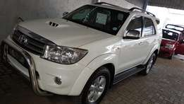 **2010 Toyota Fortuner 3.0 D4d R/B Manual/Price drop** Only R259900*
