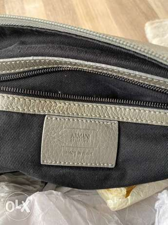 Armani collezioni hand bag bought for 1200$ الرياض -  6
