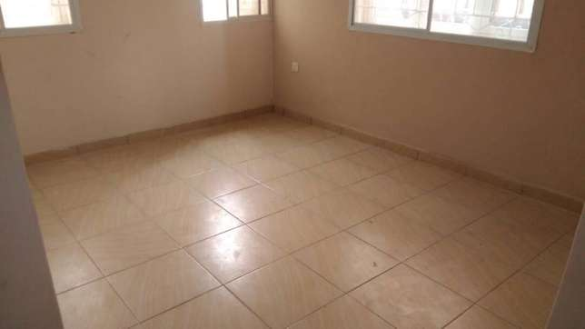 Sweet newly built 3 bedroom flat all room en-suit each room at Egbeda Alimosho - image 3