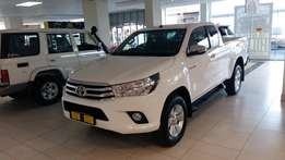 Big specials on all new bakkies hilux 2.8GD 4X4 extra cab jump now