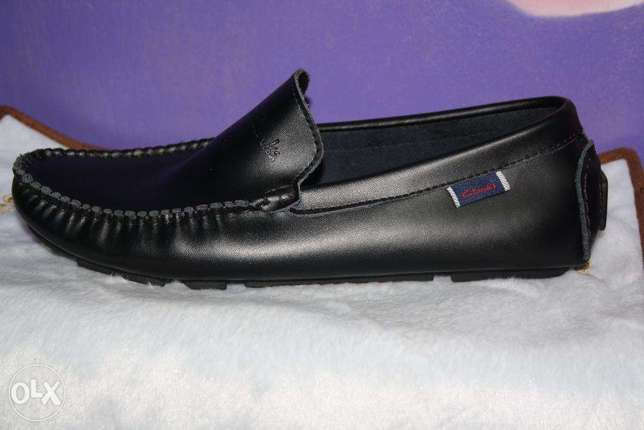Slip on clarks official shoes Nairobi CBD - image 1