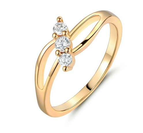 Gold plated engagement ring Owerri Municipal - image 3