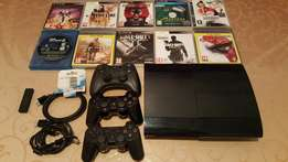 PS3 + 10 Games + 3 Controllers + Extras