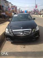 Clean 2010 Mercedez Benz E350, Black, Cylinder: 6 plugs, Reverse camer