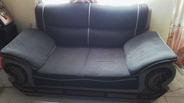 7 seater sofa set Ruai - image 3