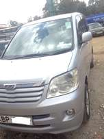 Toyota Noah 2L petrol engine 2005 make on offer very well maintained
