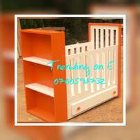 Orange/White inspirational baby chambers