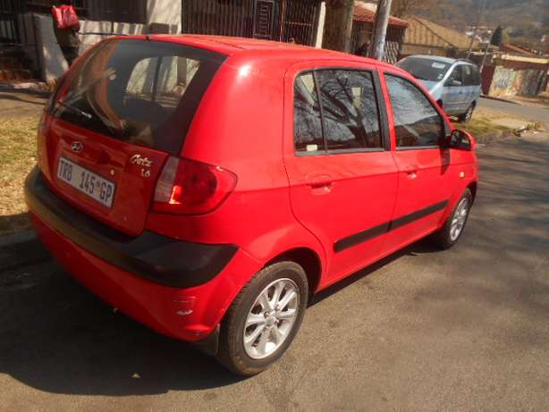2006 Automatic Hyundai Getz 1.6 Hatchback with sound system for sale Johannesburg - image 2