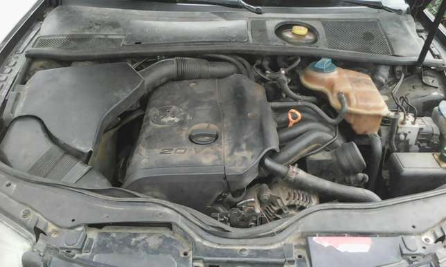 Volkswagen passat wagon 4plug engine automatic gear first body 550k Lagos Mainland - image 8