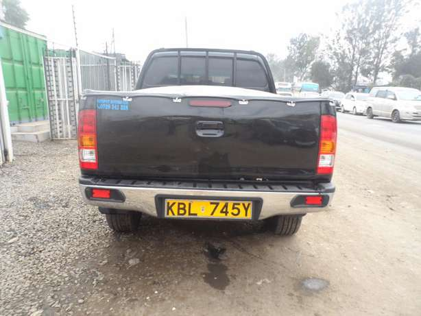 A clean and well maintained toyota hilux Umoja - image 5