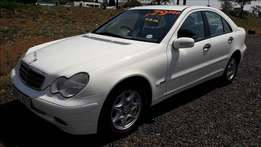 Mercedes-Benz, C200Comp, F.S.H, Auto, 2002 model Km195463, R79,900.
