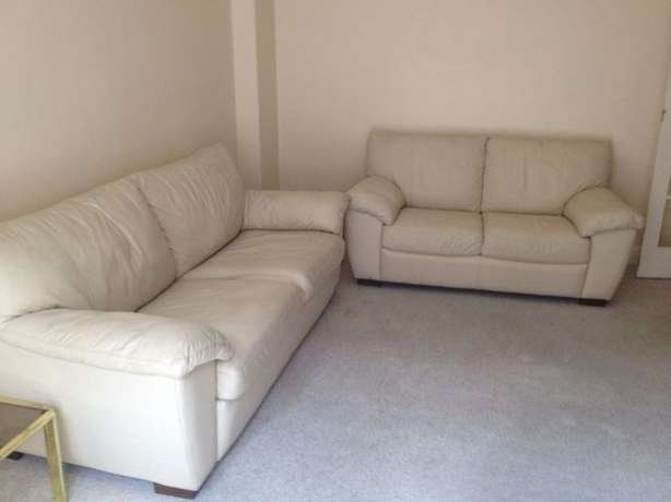 Venice 3 seater couch Sandton - image 1