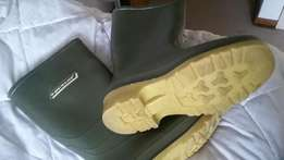 Kid's Size 13 'Dunlop' Water Boots