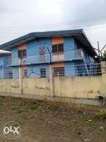 3bedroom flat at abayomi, Iwo road.
