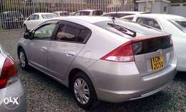 Buy this neat Silver Honda Insight, 2010, Only Kes 820,000