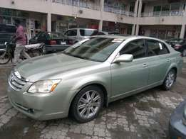 ADORABLE MOTORS: An extremely clean, full option 06 Toyota Avalon