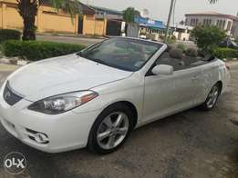 super clean 2007 Toyota solara convertibe.sle.no issues.buy and drive