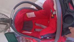 Chicco Pram and Clip In Car Seat
