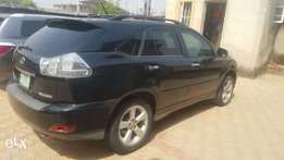 Lexus RX 330 in perfect working condition