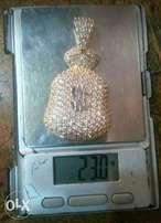 Pure solid 18karat pendant gold for