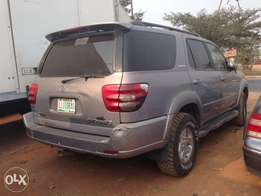 Clean Reg Toyota Sequoia 4WD 03