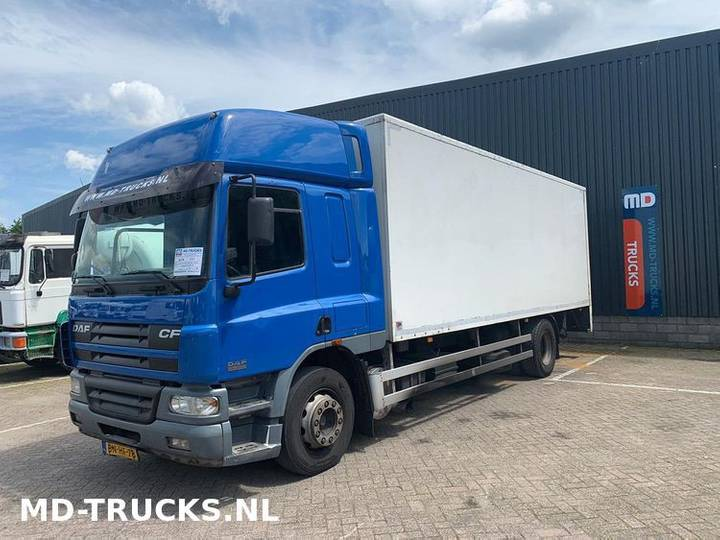 DAF CF 65 220 closed box manual - 2002