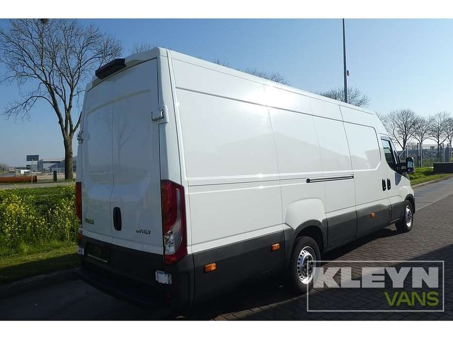 Iveco DAILY 35S15 l3h2 airco - 2016 - image 4