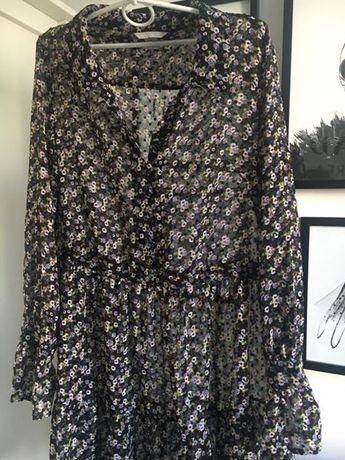 Sukienka w kwiatki rozkloszowana falbanki przezroczysta h&m