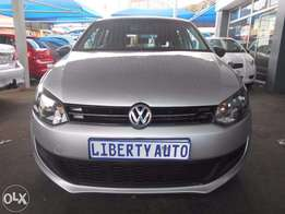 Volkswagen Polo 6 1.4 Trend Line 2013 75,000 km Hatch Back