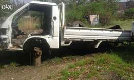 Hyundai h100 bakkies breaking