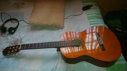 Classical Guitar Comes with Extras