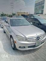 Sharp 08 Mercedes Benz c300
