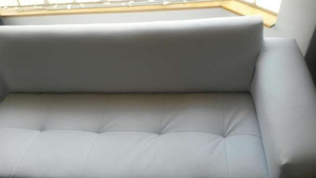 Large L Shape couch. Fourway Gardens - image 3