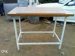 Cutting tables for sale