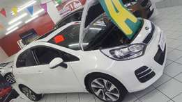 BRAND NEW! Kia Rio 1.4 Tec Manual with sunroof - SAVE R15 500