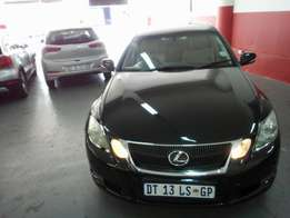2010 Lexus GS 300, Color Black, Price R200,000.