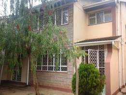 Well maintained 4 bedrooms maisonette