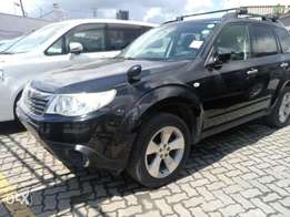 Subaru Forester with sunroof n roof rails KCP number 2009 model