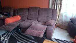 Calgary RECLINER 7 SEATER -As Good As NEW!!!