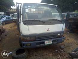 A neatly used Mitsubishi canter truck for sale.