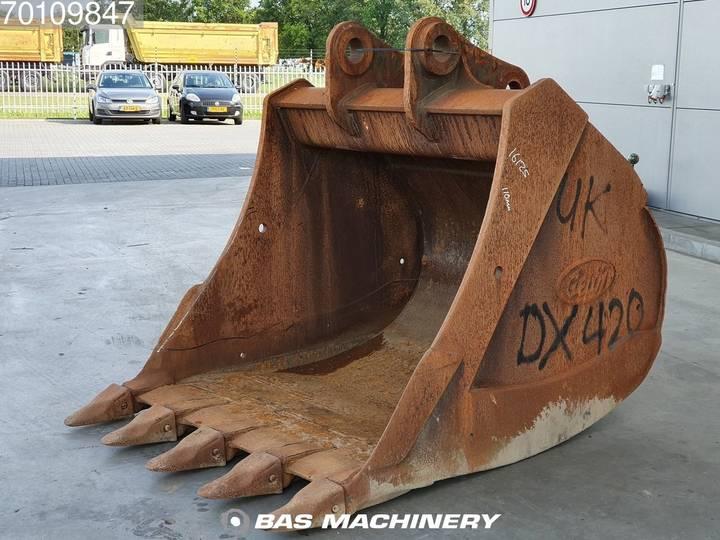 DX400 68 inch Cat / VOLVO / KOMATSU / DOOSAN - 2010