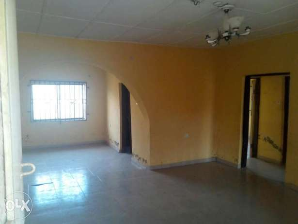 To Let: Clean 2 Bedroom Flat at IREWOLEDE Ilorin West - image 8